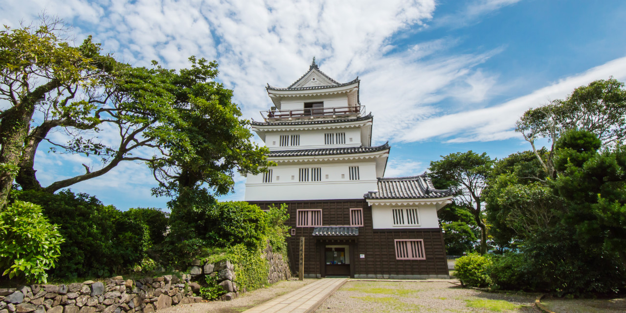 First castle stay in Japan! Spend a night in a castle with your other half
